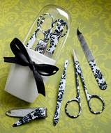 Damask Design Manicure Kit