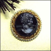 Cameo Pin Black Glass 12kt GF Rope w Pearls 1950s Vintage Jewelry 