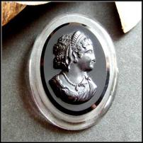 Cameo Pin Big Clear n Black Lucite Brooch 1950s Vintage Jewelry